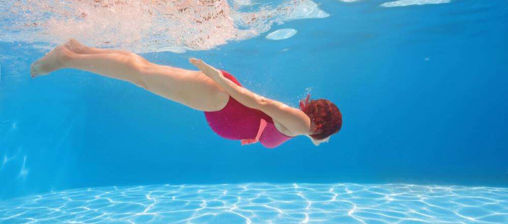 f0ef2ffb82 5 benefici del nuoto in gravidanza   Daily Training Sporting Club